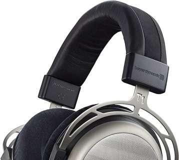 12 Best HiFi Headphones for Music Lovers